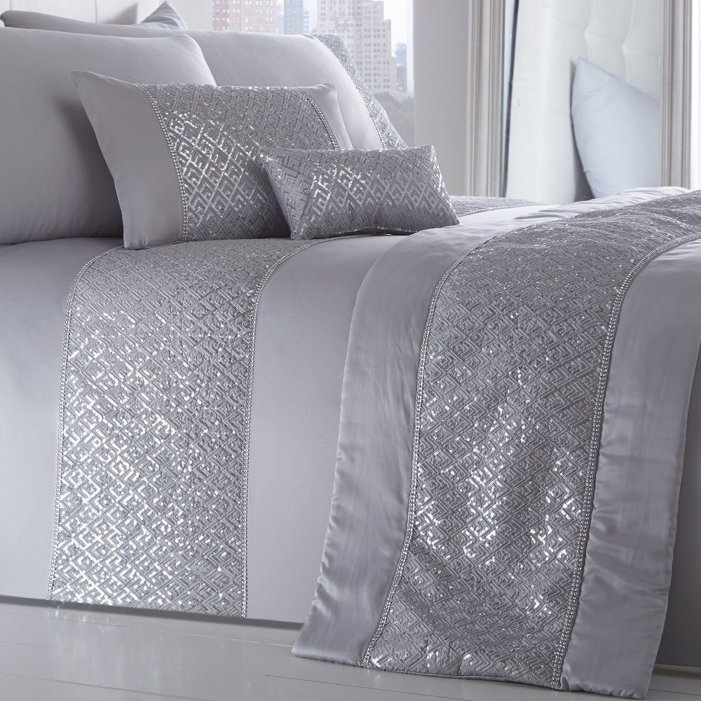 Shimmer-Sequin-Diamante-Duvet-Cover-Set-Eyelet-Curtains-Cushions-White-Silver thumbnail 9