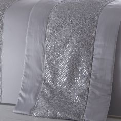 Shimmer Sequin Diamante Quilt Runner - Silver Grey