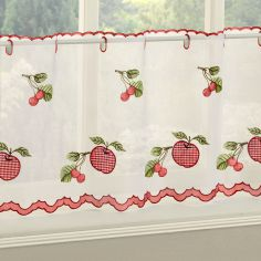Winchester Gingham Caf� Net Panel - Red