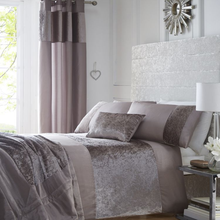At Wayfair, we want to make sure you find the best home goods when you shop online. You have searched for velvet duvet bedding set and this page displays the closest product matches we have for velvet duvet bedding set to buy online.