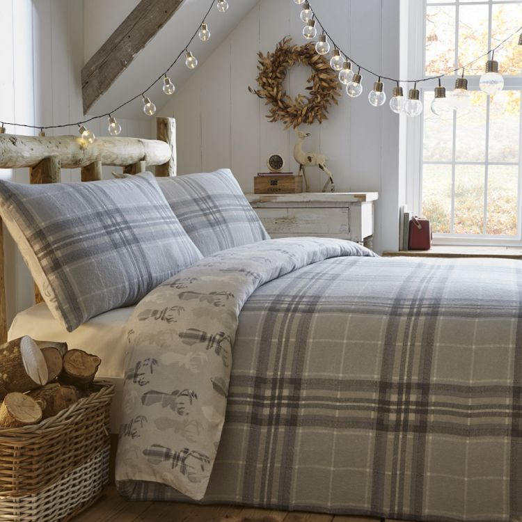 Scandi Stag Red Flannelette Quilt Cover Tonys