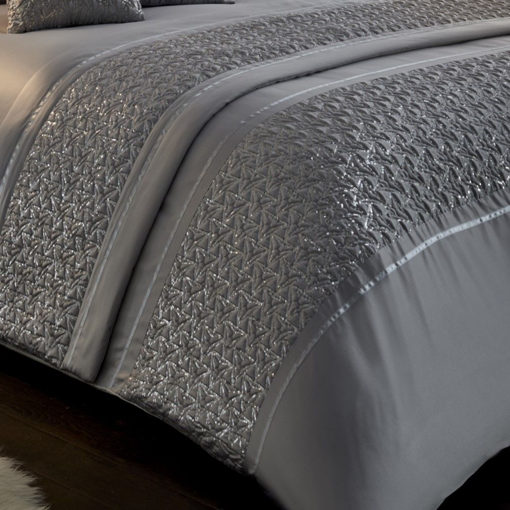 1e19e230d322 Sentinel Zenia Sequin Diamante Duvet Cover Set Runner Filled Cushions  Silver Grey White