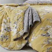 Catherine Lansfield Canterbury Bedspread - Ochre Yellow