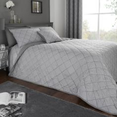 Wilmslow Geometric Jacquard Quilted Bedspread - Graphite Grey