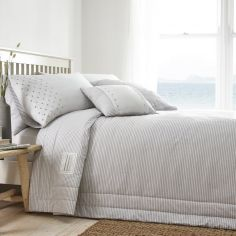 New England Quilted Bedspread - Grey