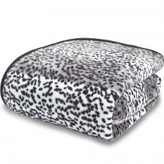 Catherine Lansfield Giraffe Animal Print Raschel Mink Throw - Silver Grey