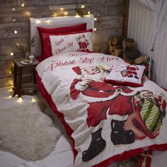 Catherine Lansfield Retro Santa Duvet Cover Set