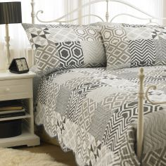 Embossed Geometric Stripes Bedspread & Pillowshams - Black White