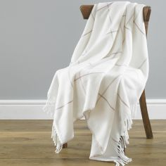 Isla Stripe Acrylic Throw - Cream