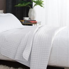 Tamarind Quilted Microfibre Bedspread Throw - White