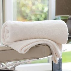 Roosevelt Soft Fleece Throw - Vanilla Ivory