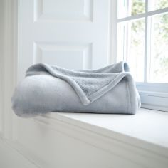 Hudson Flannel Fleece Throw with Sherpa Reverse - Platinum Grey
