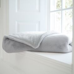 Bolingbroke Soft Fleece Throw - Silver Grey