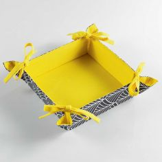 Modern Style Yellow 100% Cotton Bread Basket - Grey