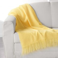 Shelly Acrylic Throw with Tassells - Yellow