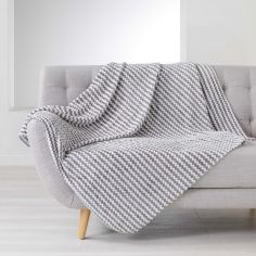 Denver Flannel Jacquard Throw - Silver Grey
