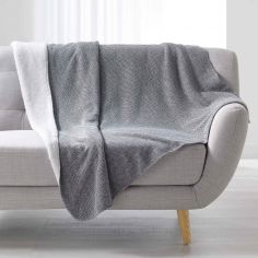 Moscou  Chevron Throw with Sherpa Backing - Grey