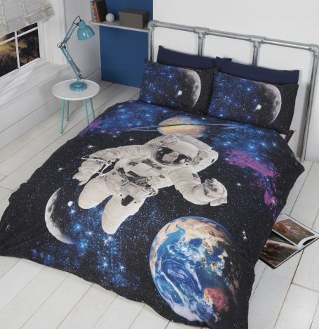 Spaceman with Glow in the Dark Stars Quilt Duvet Cover Set