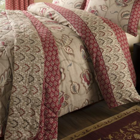 Catherine Lansfield Kashmir Red & Natural Bedspread