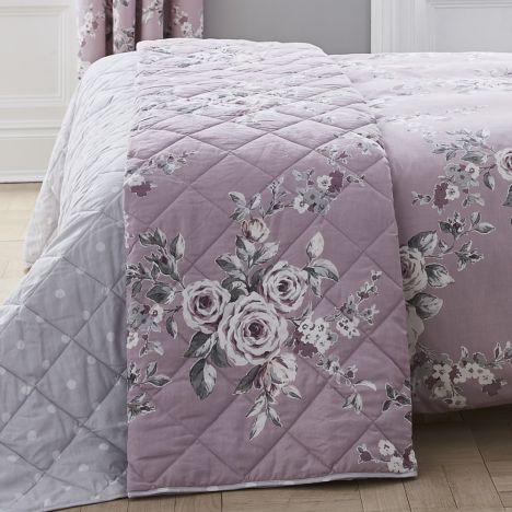 Catherine Lansfield Canterbury Bedspread - Heather Pink