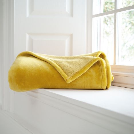 Hudson Flannel Fleece Throw with Sherpa Reverse - Amber Yellow
