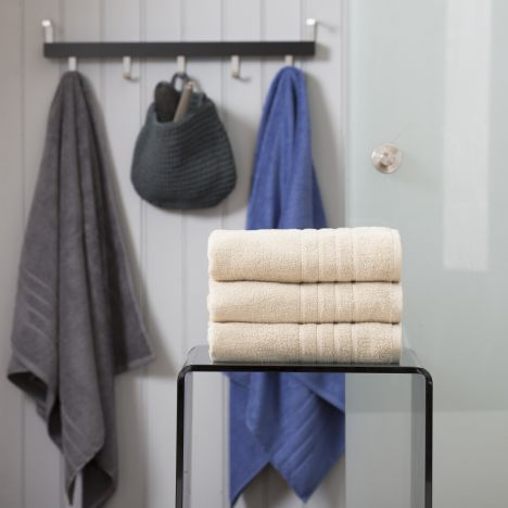 Pure Range 100% Cotton 450 GSM Towel - Almond Cream: Face Cloth