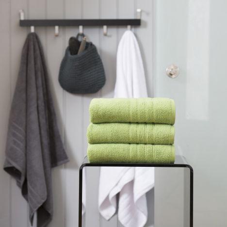 Pure Range 100% Cotton 450 GSM Towel - Apple Green: Face Cloth