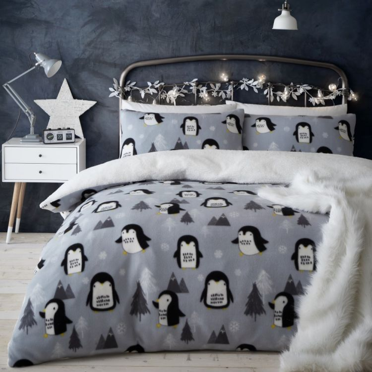 Catherine Lansfield Cosy Penguin Fleece Duvet Cover