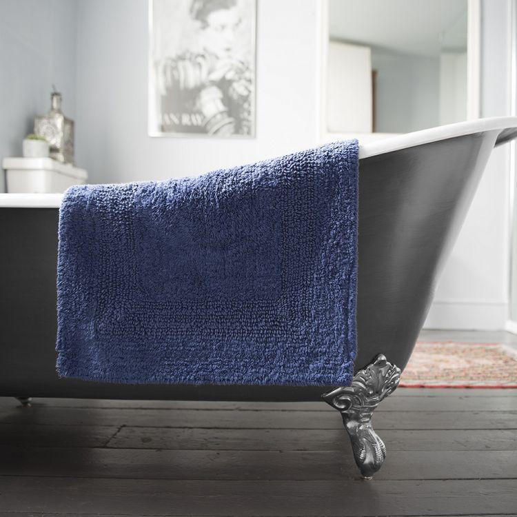 Reversible Bathroom Mats: 100% Cotton