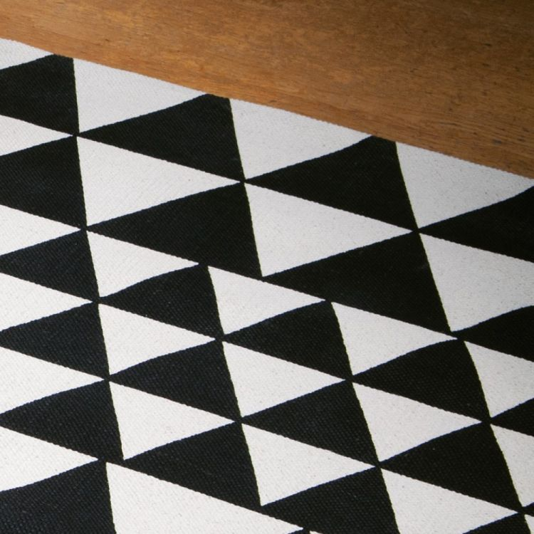 Black And White Geometric Rugs For Sale: Tonys Textiles