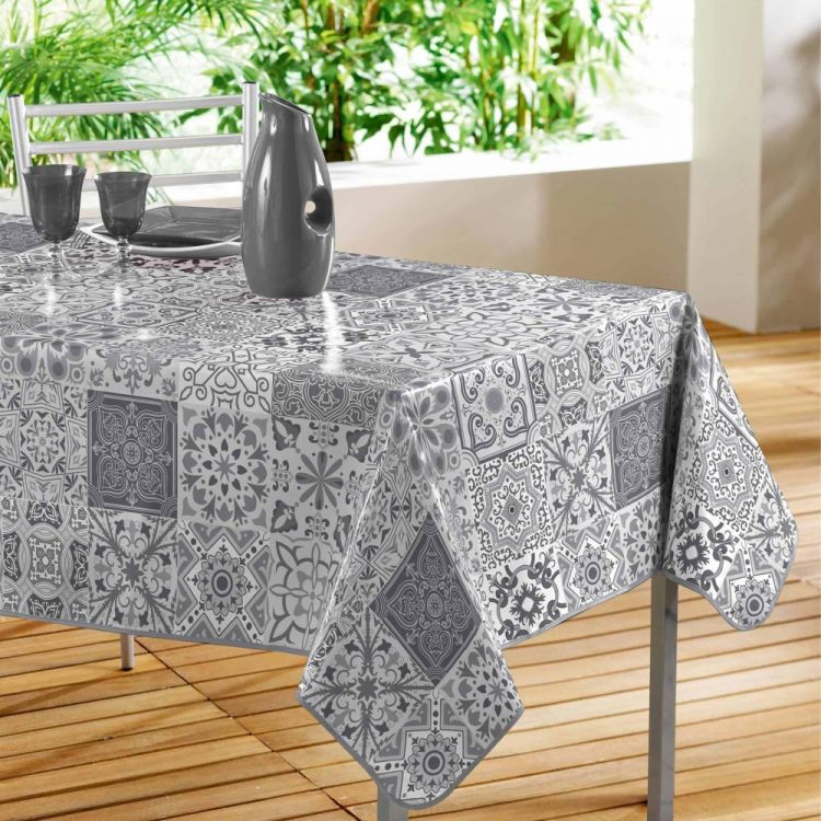 Persane Patchwork Pvc Wipe Clean Round Tablecloth