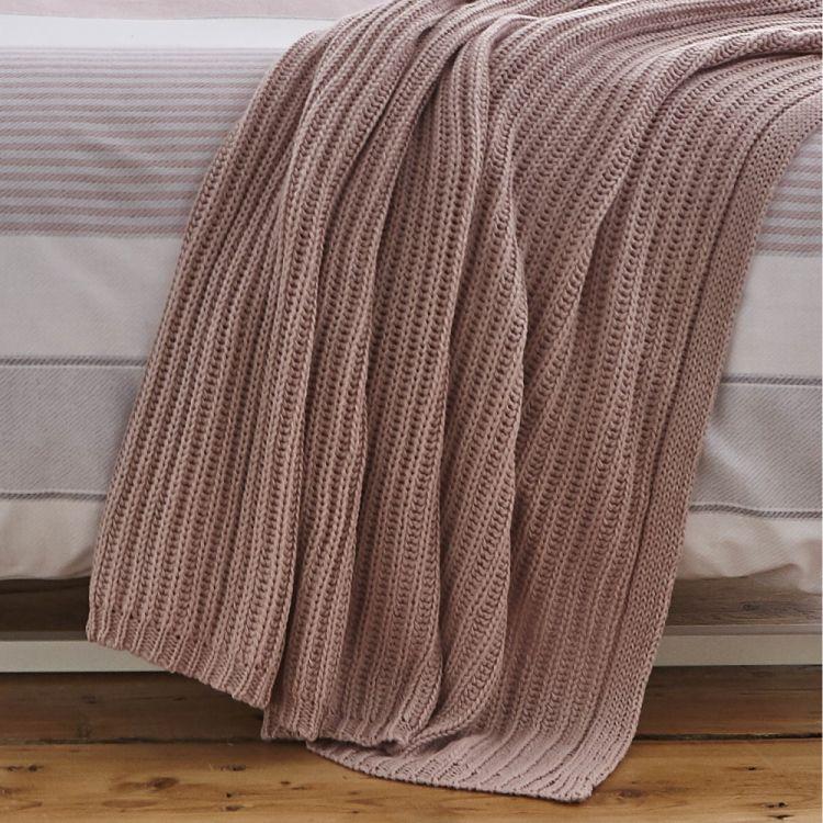 Catherine Lansfield Chunky Knit Throw Blush Pink Tonys Textiles